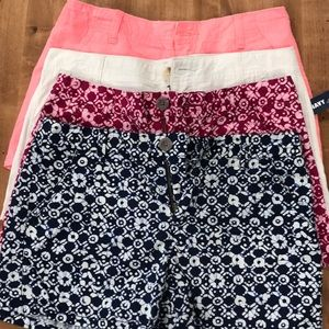 Four pair of Old Navy shorts